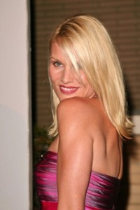Nicolette Sheridan At ABC Viewing Party - 2004 - David Edwards - All Rights Reserved