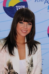 Carly Rae Jepsen At Fox Teen Choice Awards