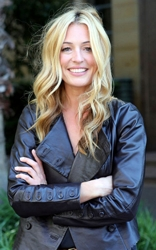 Cat Deeley With Long Blonde Sexy Hair In S Waves
