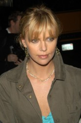 Charlize Theron Hair Pictures & Hair History CharlizeTheron001