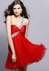 http://www.hairboutique.com/tips/ClarissePromGown5_250h.jpg