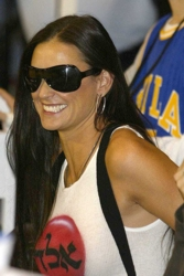 Demi Moore Claims To Use Honey To Erase Wrinkles Naturally