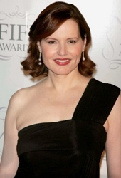 Geena Davis With Deep Side Part & Side Swept Bangs