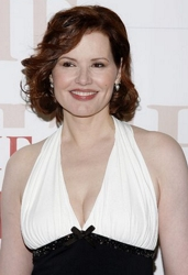 Geena Davis With Side-Swept Slightly Wavy Fringe