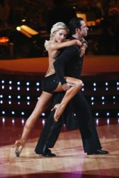 Remarkable Dancing Hair Julianne Hough Wins For Hair Moves Dancing With Stars Short Hairstyles Gunalazisus