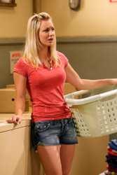 Kaley Cuoco Hair Secrets - Kaley Cuoco As Penny - Season Two - The Big Bang Theory On CBS