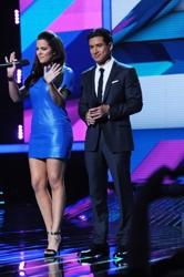 Khloé Kardashian Odom on X Factor w/Half Up/Half Down Hairstyle