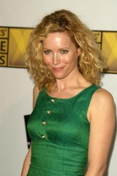Leslie Mann hair color formula