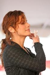 Sandra bullock curly hair