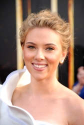 Scarlett Johansson With Hair In Updo Twist