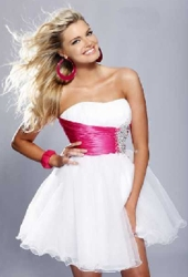 http://www.hairboutique.com/tips/SherriHill3_250h.jpg