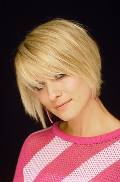 blonde short fall hairstyle 2008
