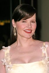 Geena Davis With Sleek Side-Swept Bangs
